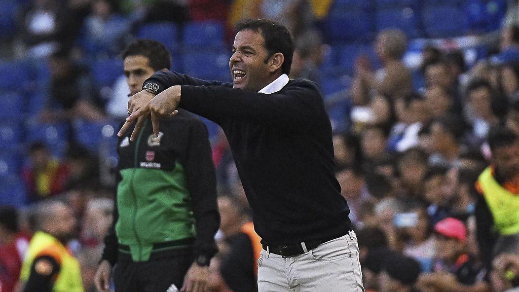 El Villarreal vuelve a traer a sus filas al técnico Javi Calleja, destituido hace menos de dos meses