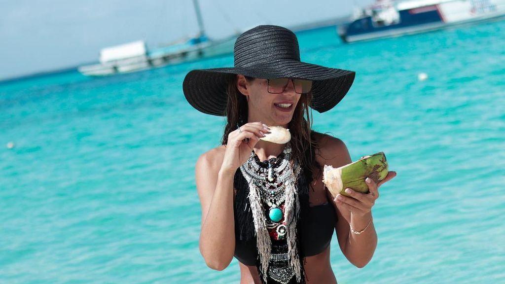 Tamara Gorro vuelve del caribe y sorprende con un look al más puro estilo afro