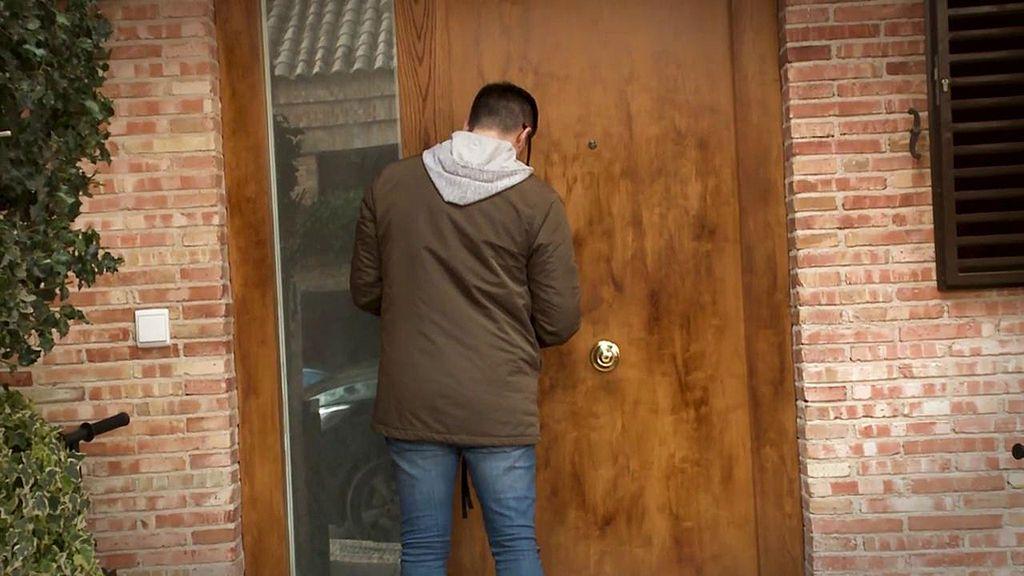 Gustavo descubre el recoveco que Toño Sanchís podría utilizar para no salir de su casa
