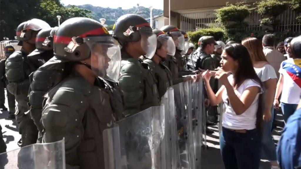 Persuadir a las Fuerzas Armadas, cuestión clave para el futuro de Venezuela