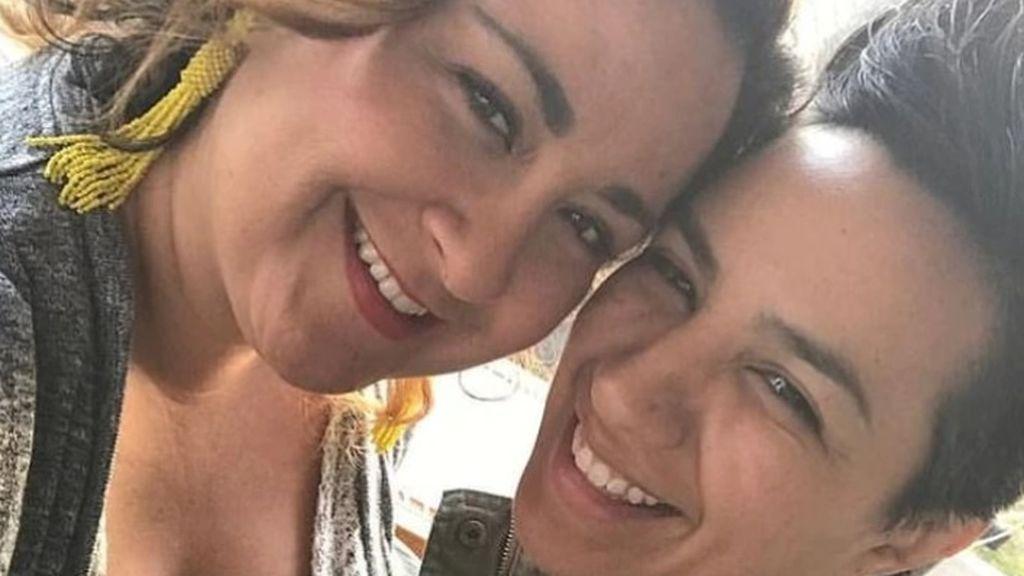 Una pareja con problemas auditivos acusa a Delta Airlines de discriminación