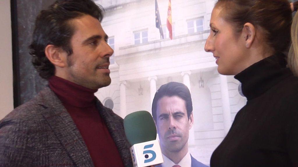 """Emmanuel Esparza: """"Para interpretar mi papel me he inspirado en John Kennedy y en Suárez"""""""
