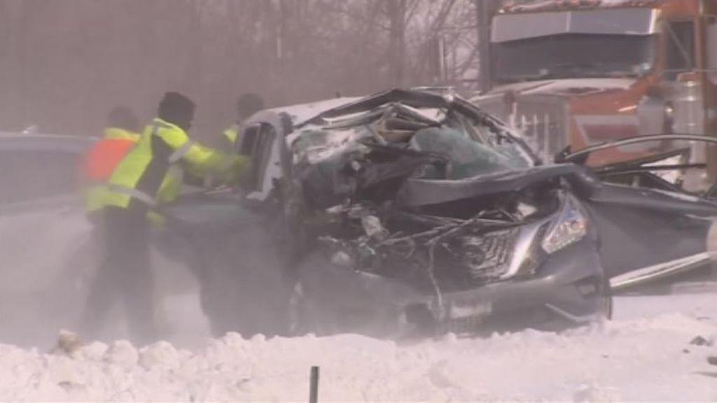 Sin ropa de abrigo, atrapados en coches sin batería... al menos 21 muertos por la ola de frío en EE.UU.