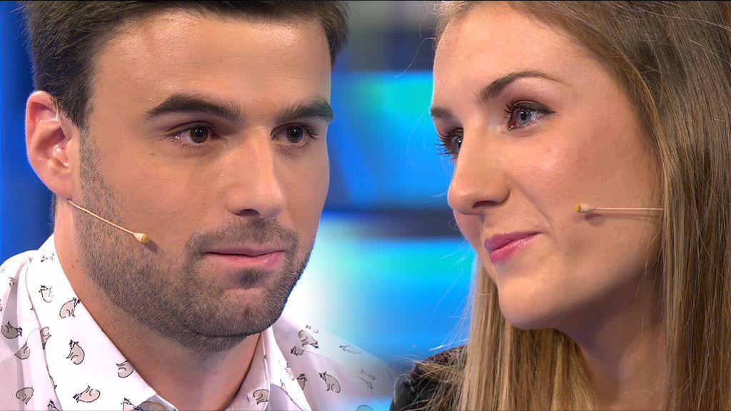 Mikel le pide perdón a Débora: se gastó el dinero de su boda por la ludopatía