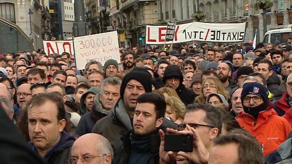 Unauto advierte que la normativa aprobada en Barcelona provocará 3.500 despidos