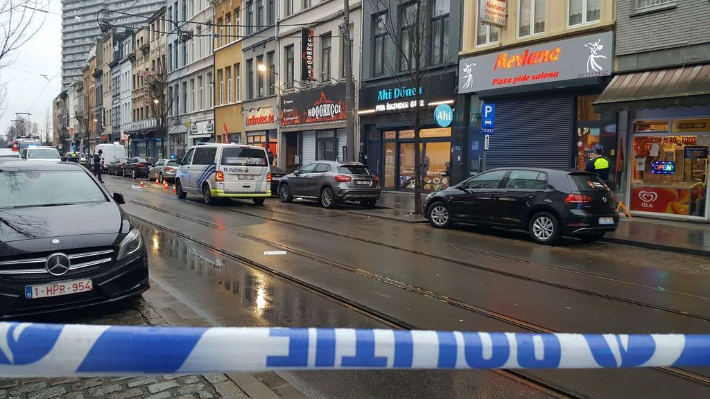 Un muerto y dos heridos durante un tiroteo en la ciudad belga de Amberes
