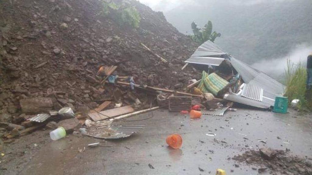 Un deslizamiento de tierras en Bolivia deja ocho muertos y decenas de heridos