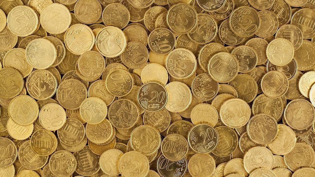 Casi la mitad de los españoles cuenta con el dinero 'justo' para llegar a fin de mes