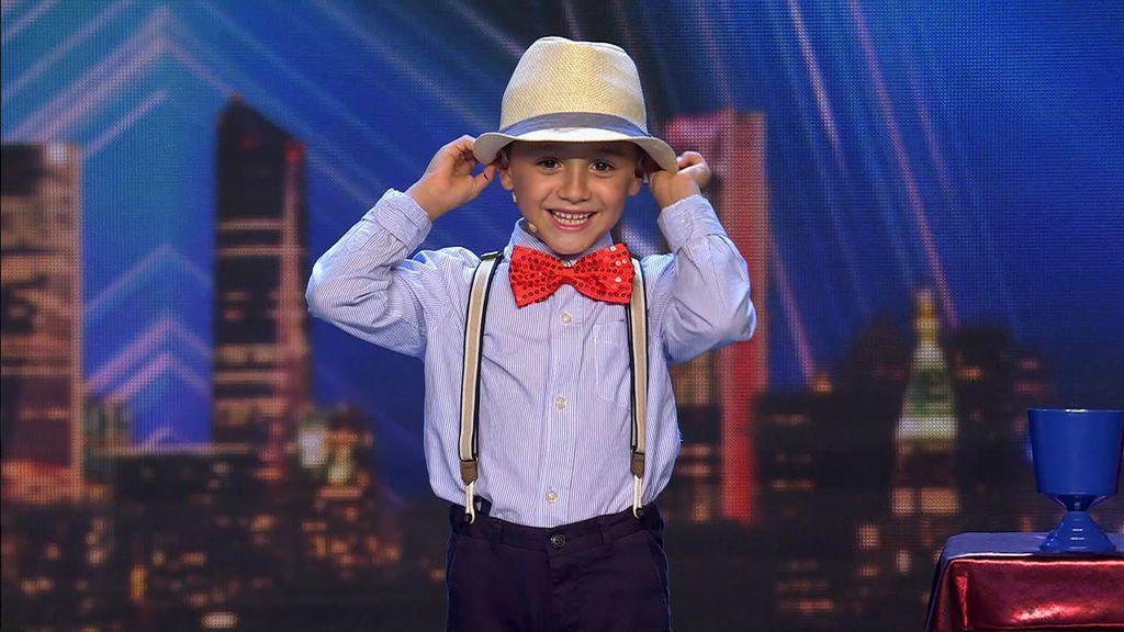 Álex Din-Ki, de 7 años, enamora al jurado con su magia y le da un buen 'zasca' a Risto