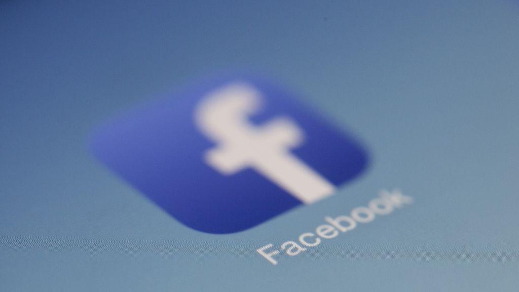 Facebook prohíbe el uso de su red social a cuatro grupos armados de Birmania