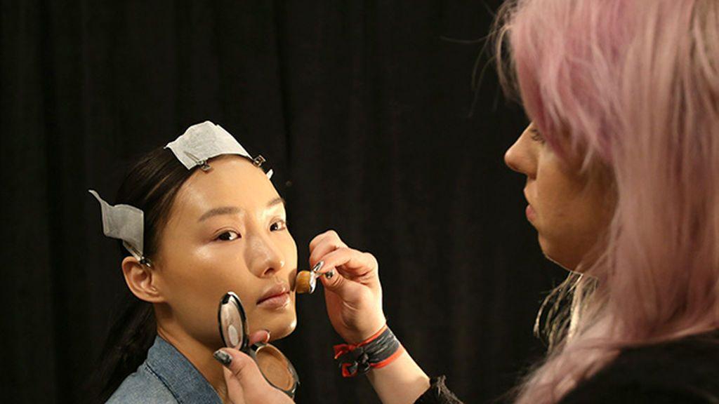 Cómo encontrar tu base de maquillaje perfecta