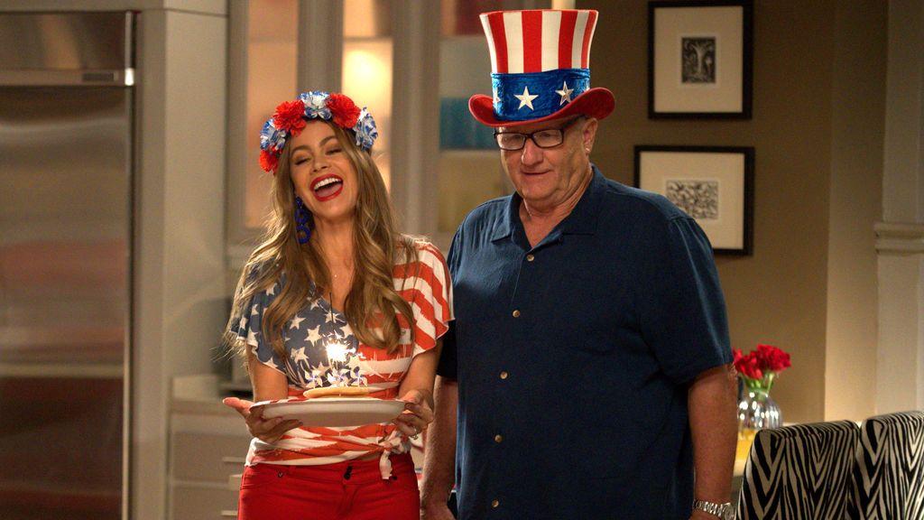 Sofía Vergara y Ed O'Neill, en la décima temporada de 'Modern family'.