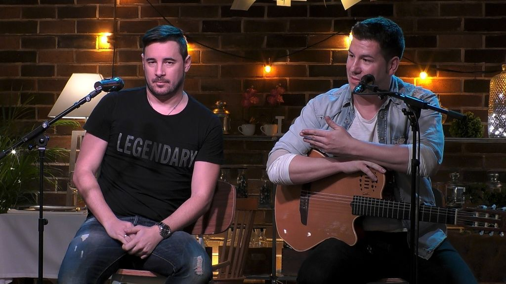 First Dates 14 de febrero 2019_Atuacion Andy y Lucas_ 1
