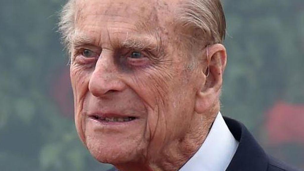 El duque Felipe de Edimburgo renuncia al carnet de conducir tras sus últimos incidentes al volante