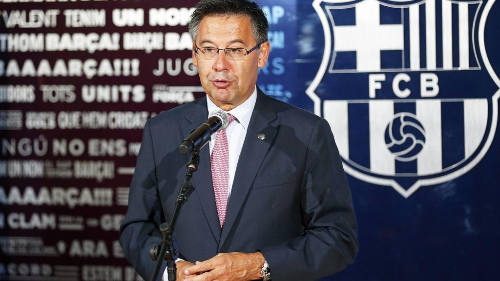 El Barça anula las distinciones a Franco