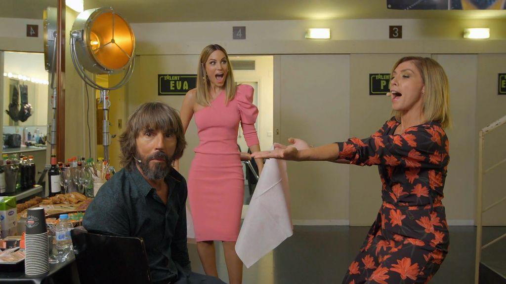 """Eva y Edurne se lanzan a la magia y utilizan a Santi para su experimento: """"¡Esto es increíble!"""""""