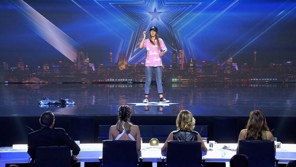 """La autodidacta Cristina brilla con su baile y Risto cae a sus pies: """"Tu personaje es electrizante"""""""