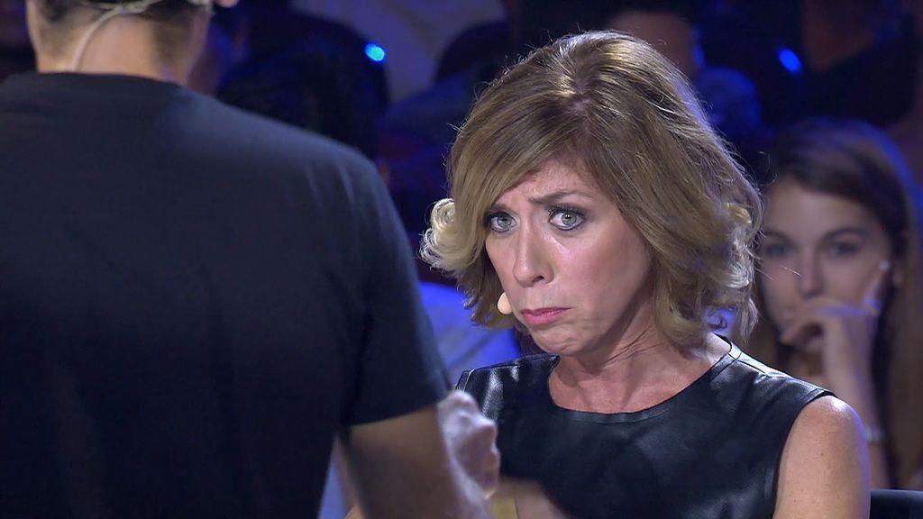 Las caras de sufrimiento del jurado después de probar el cóctel más picante del mundo
