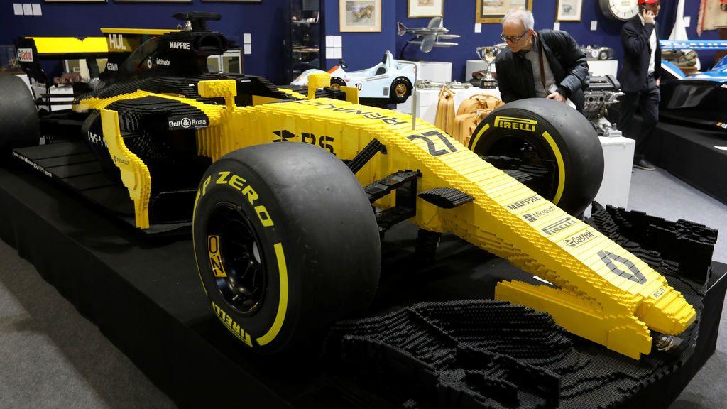 Un 'fórmula 1' hecho con piezas de Lego alcanza los 95.000 euros en una subasta