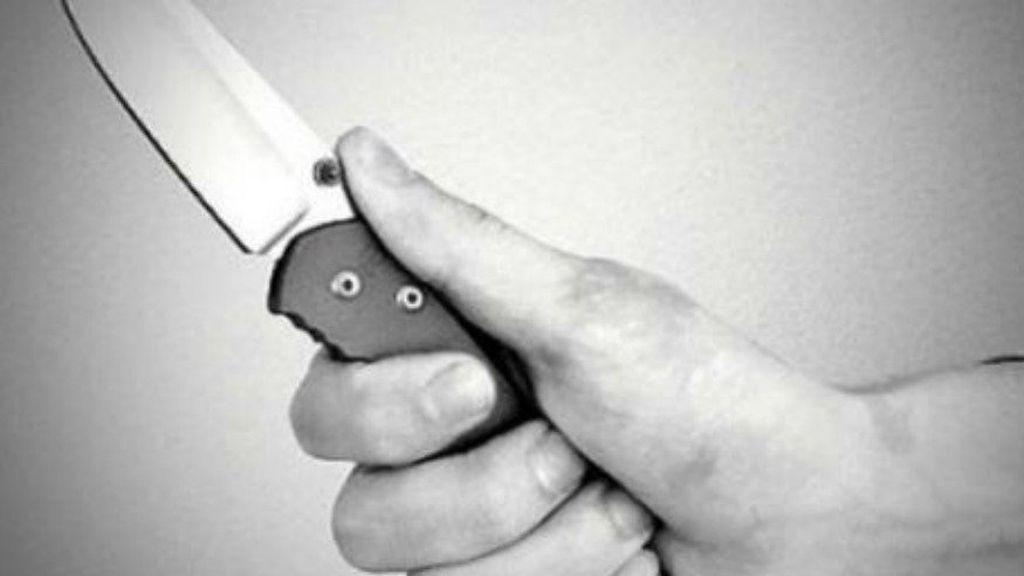 Mata a cuchilladas a su profesora y a un compañero en Bielorrusia