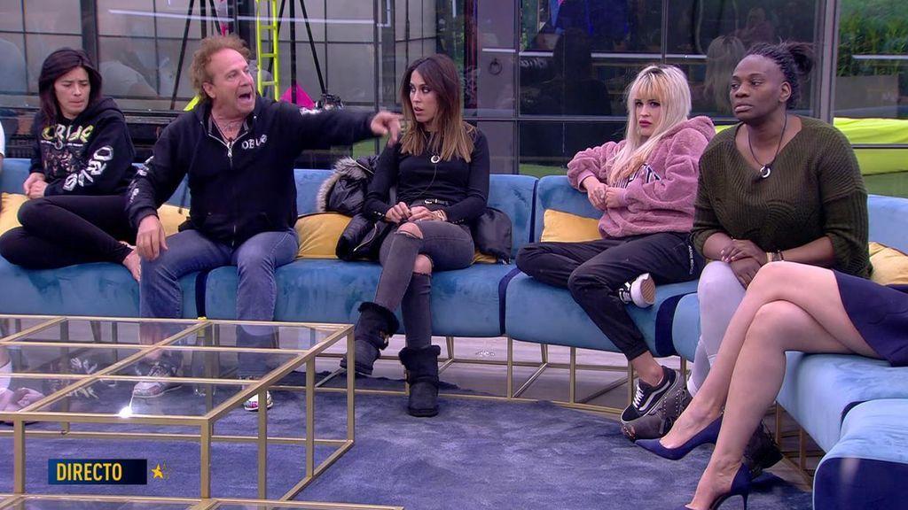 """Fortu aclara su relación con Carolina: """"Claro que la besé, como a todas mis fans"""""""