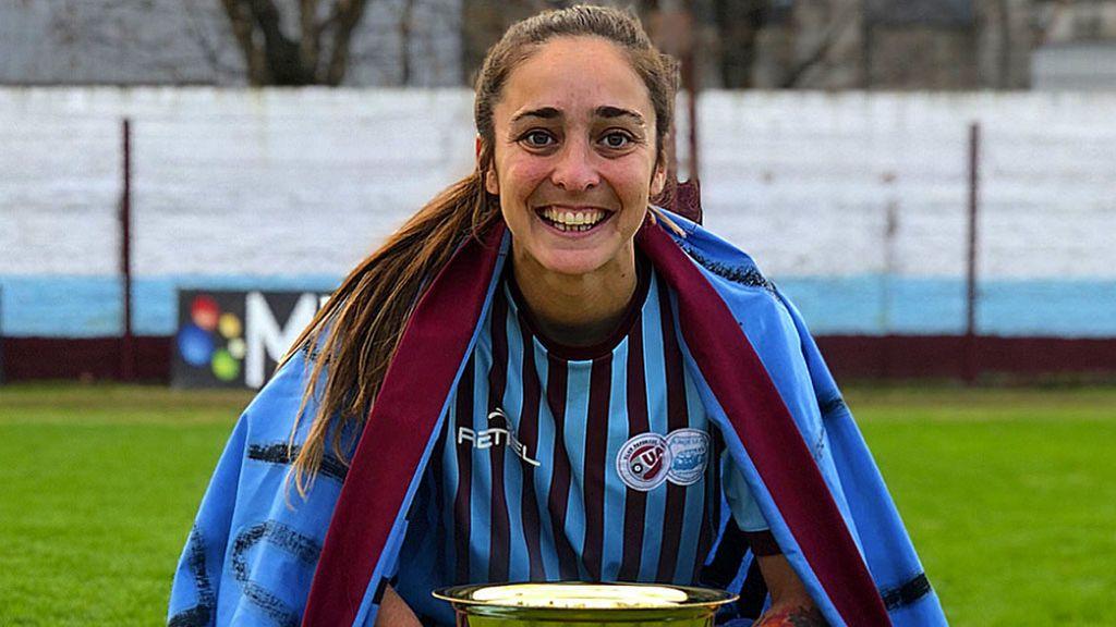 """Las amenazas de muerte a una jugadora tras pedir que el fútbol femenino sea profesional en Argentina: """"Hay bastante dinero por tu cabeza, vas a morir muy pronto"""""""