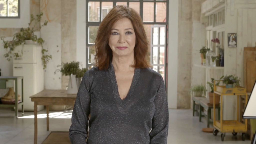 Ana Rosa Quintana, presentadora de 'Mujeres al poder'.