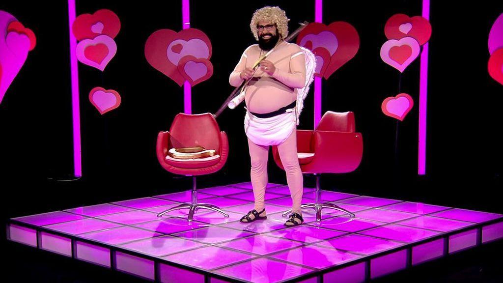 Juan Miguel se convierte en el Cupido de 'GH DÚO' el día de San Valentín