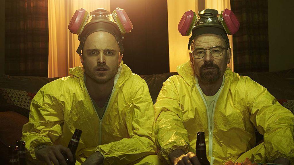 Aaron Paul y Bryan Cranston, en 'Breaking bad'.