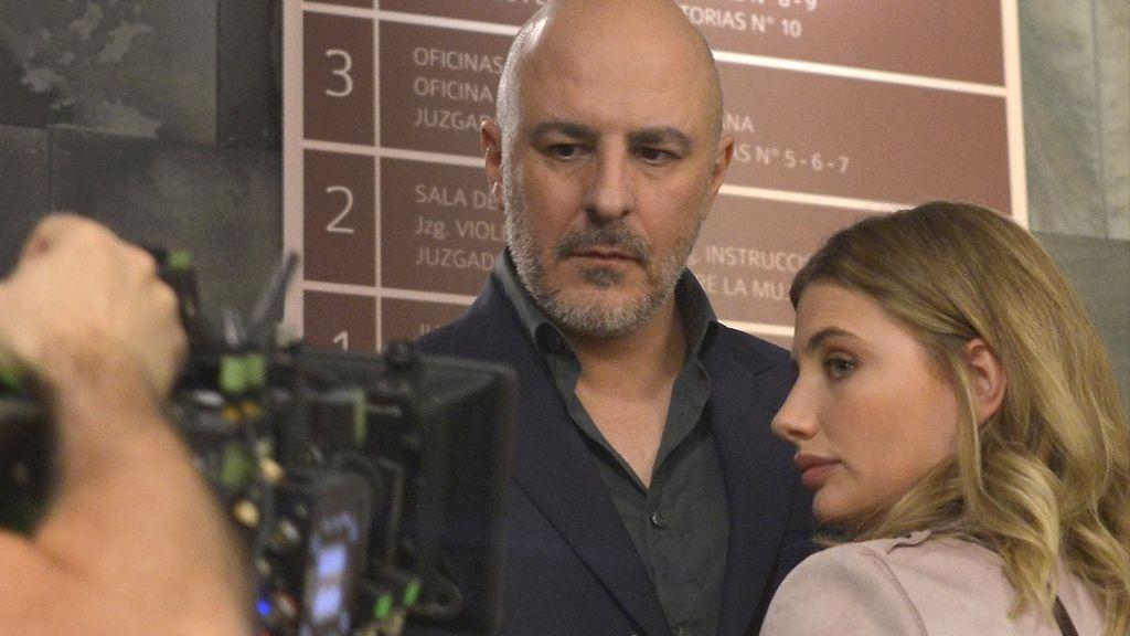 Roberto Álamo y Miriam Giovanelli, protagonistas de 'Caronte'.