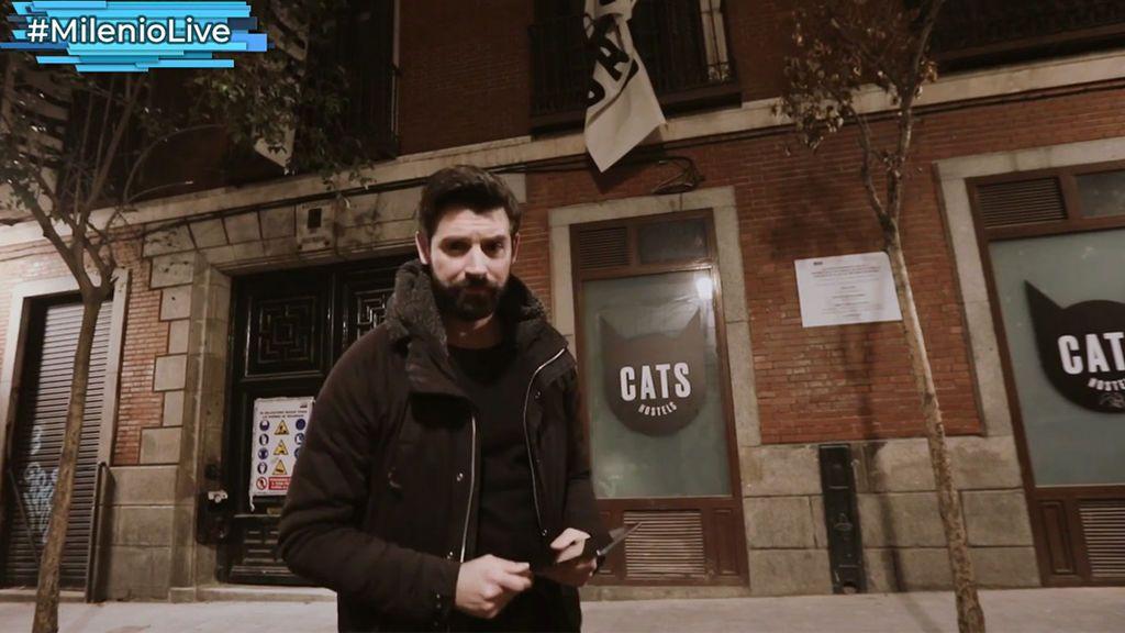 Antes fue palacete y luego el hostal Cat's:  El edificio que nadie quiere por sus fantasmas