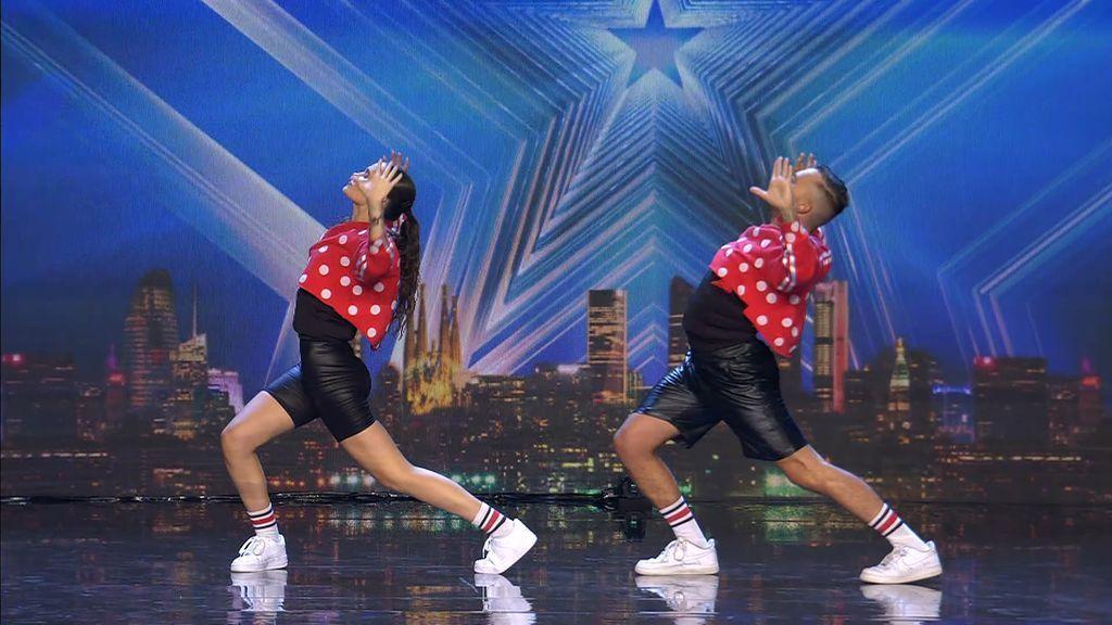 'Artax' conquista al jurado usando música española para su espectáculo de baile