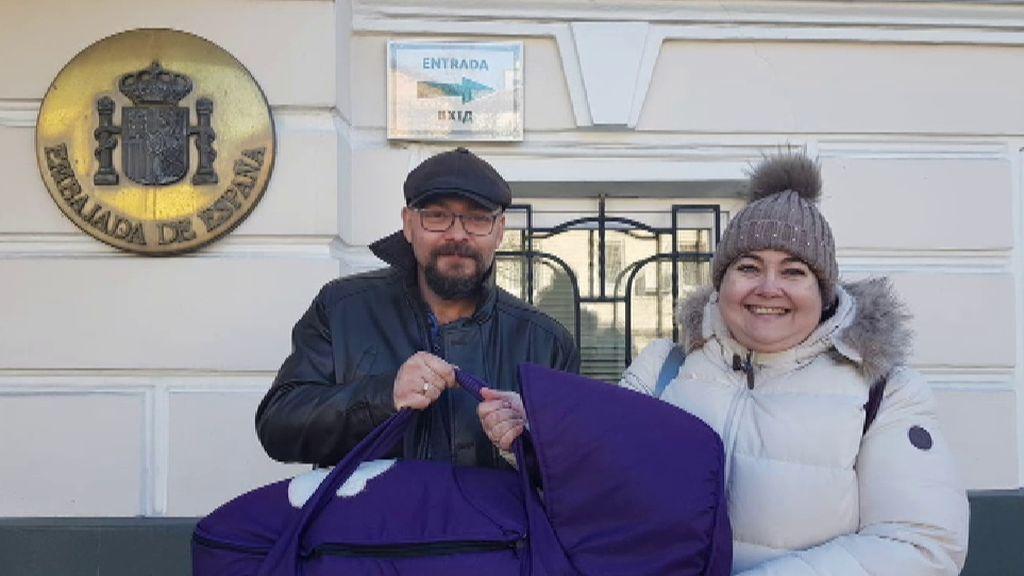 Las familias retenidas en Ucrania comienzan a inscribir a sus hijos