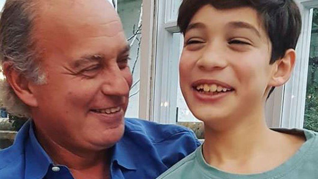 El hijo de Bertín Osborne muestra su increíble talento al piano