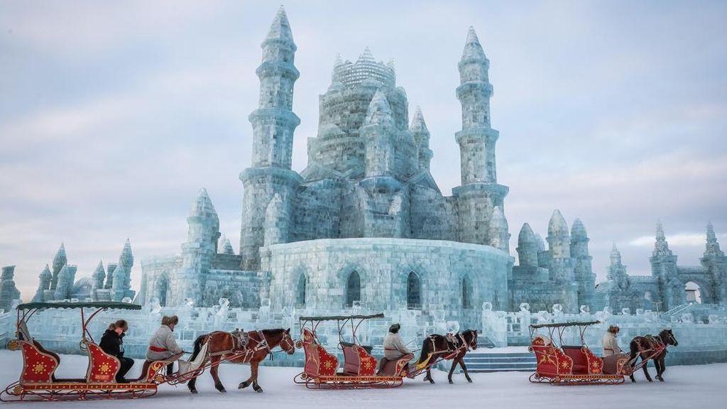 Cierra la exposición de esculturas de hielo por altas temperaturas en China