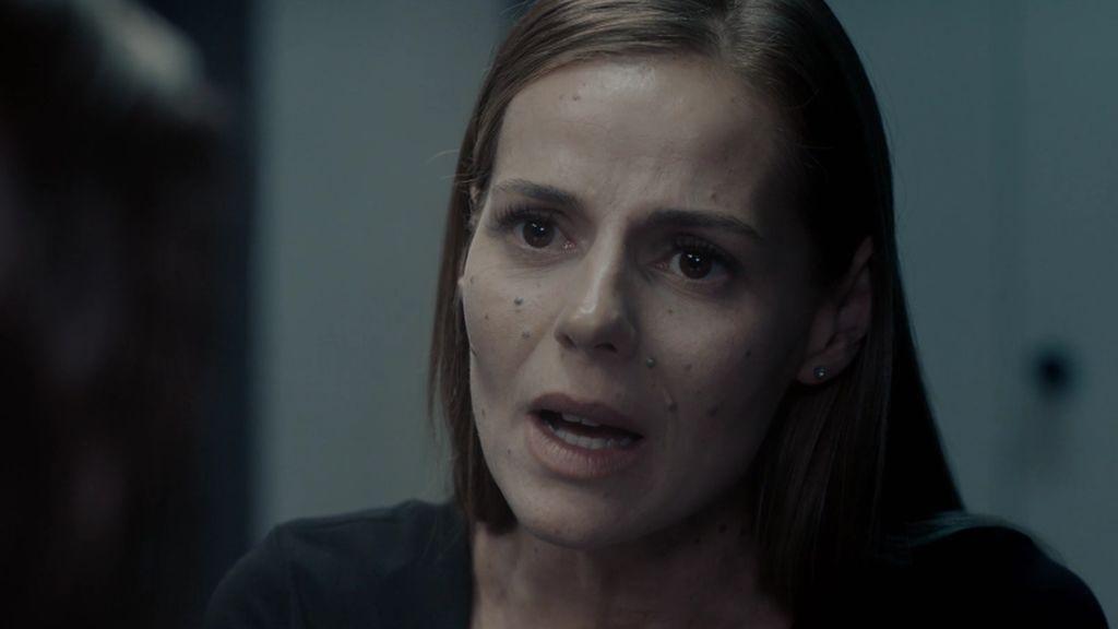 Ana Chantelle visita a Paula en la cárcel y aclara una de las incógnitas de la serie