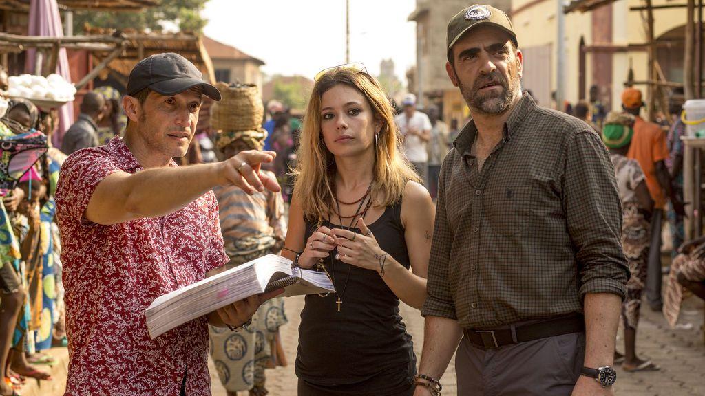 Salvador Calvo, Anna Castillo y Luis Tosar, director y protagonistas de 'Un mundo prohibido'.