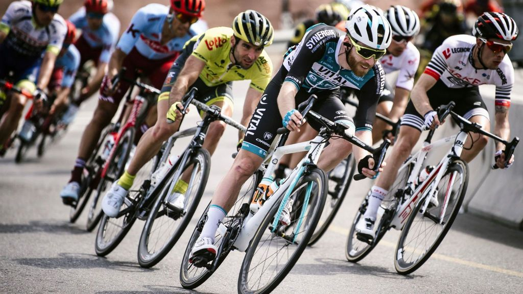 Roban en Sevilla doce bicicletas al equipo Vital Concept mientras participaba en la Vuelta a Andalucía