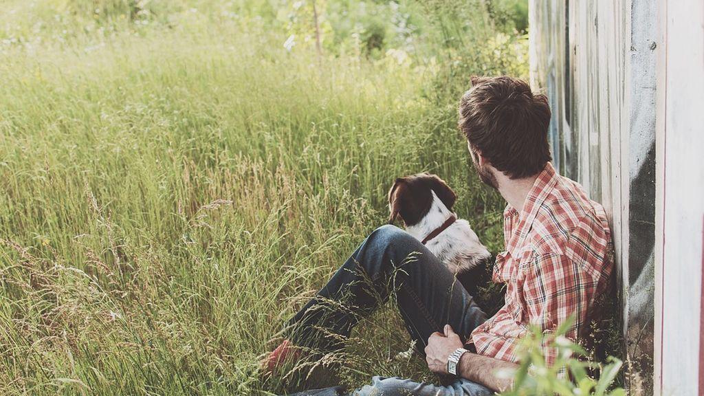 man-and-dog-1149400_960_720