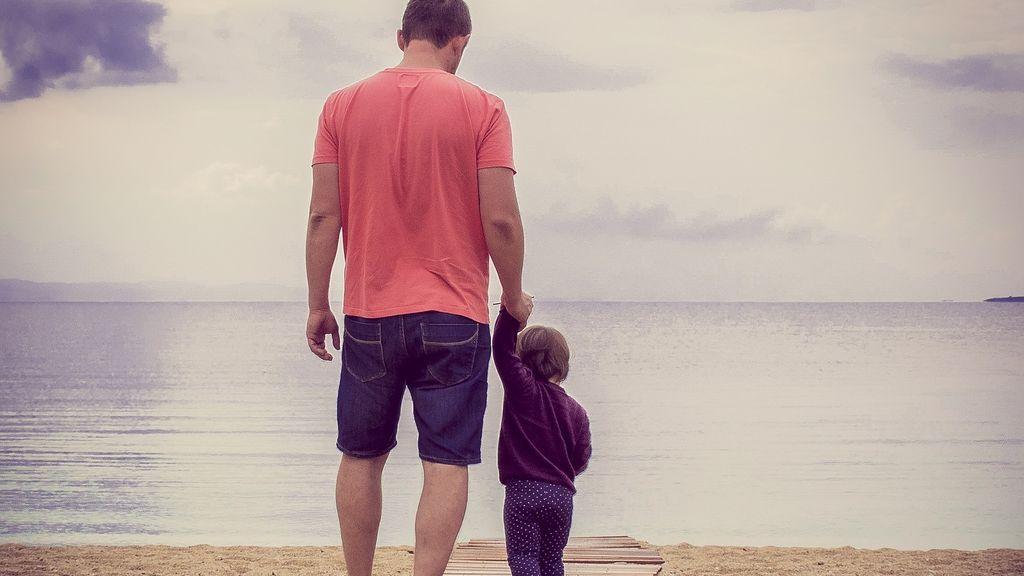 En los colegios franceses se reemplazará el 'papá' y 'mamá' por 'padre 1 y 2'