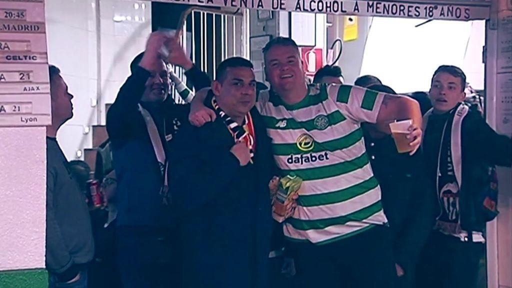 Las aficiones del Celtic y el Valencia disfrutaron de la eliminatoria entre cánticos y buen rollo