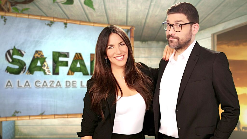 Irene Junquera y Nacho García, presentadores de 'Safari, a la caza de la tele'.