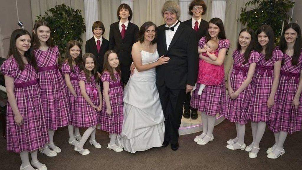 Los Turpin admiten haber torturado a doce de sus hijos