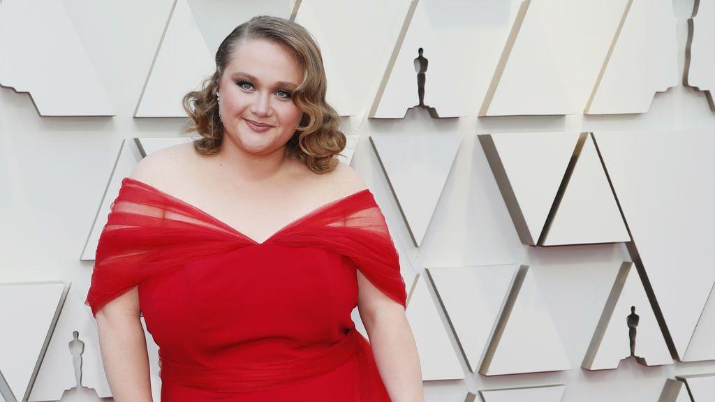 Danielle MacDonald posa en la alfombra roja de los Premios Oscars 2019