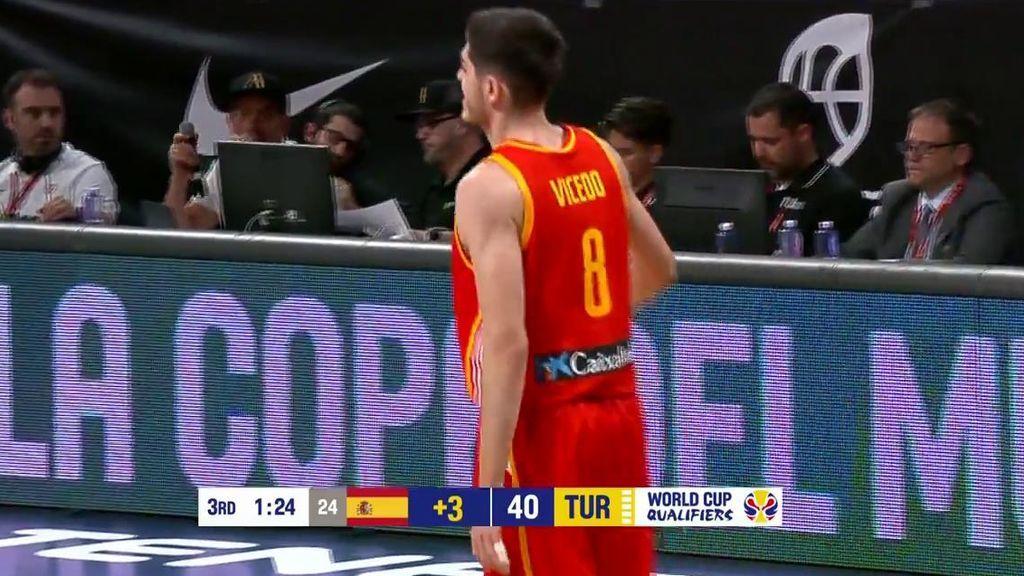 Vicedo hunde a Turquía con un triple y pone a España 19 arriba