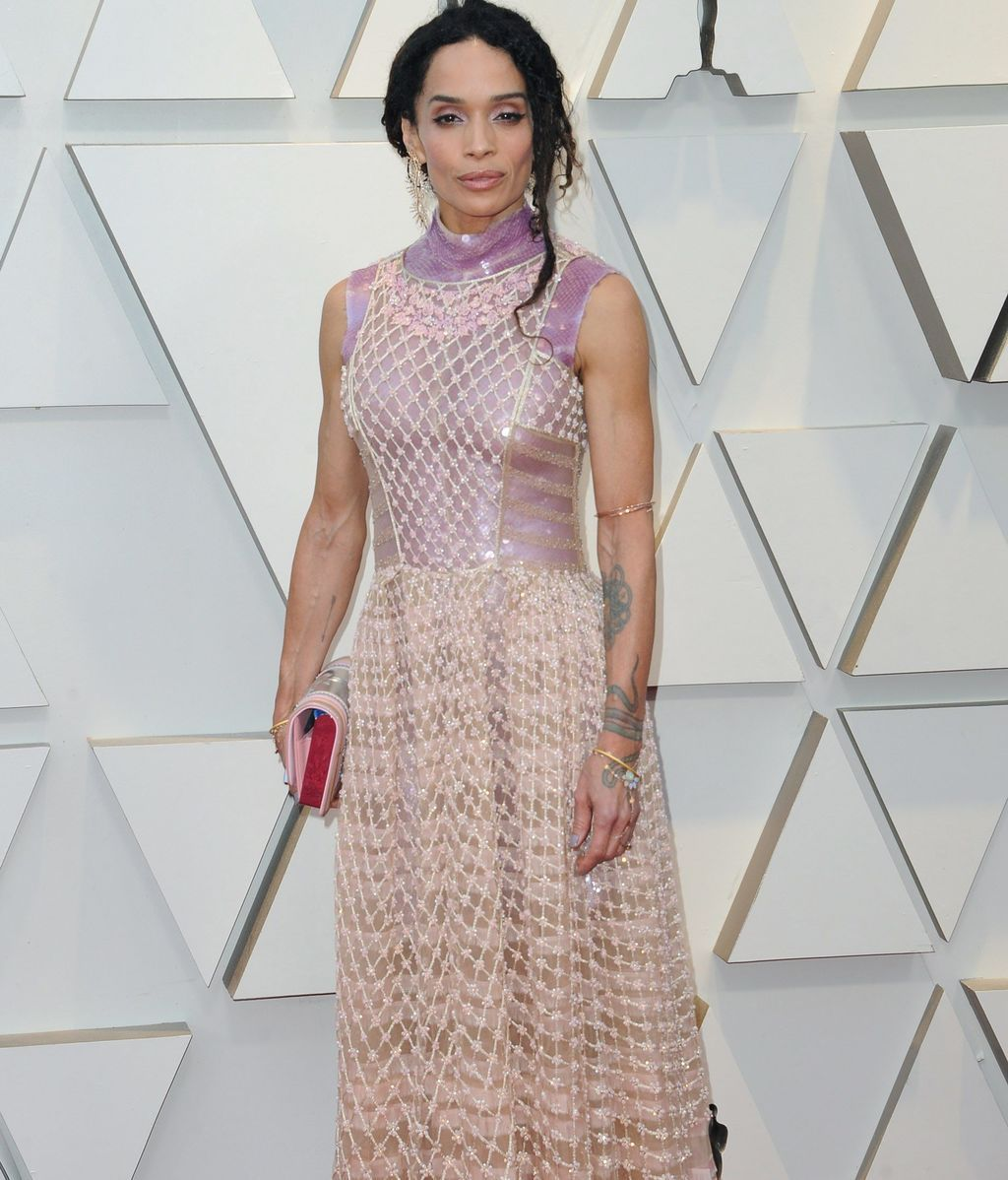 Lisa Bonet con vestido de red de Fendi