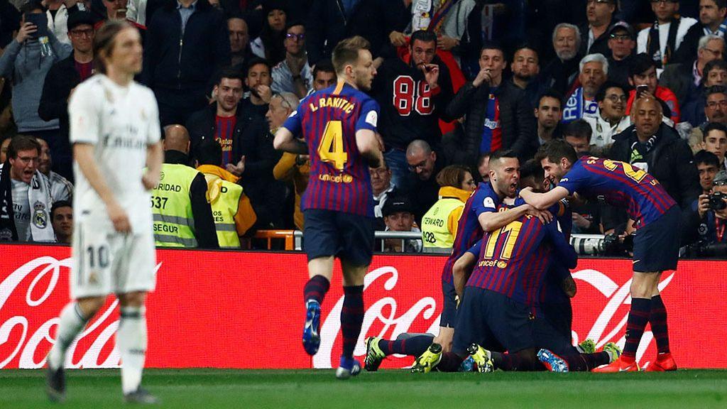 Luis Suárez despide al Madrid de la Copa (0-3) y mete al Barcelona en la final