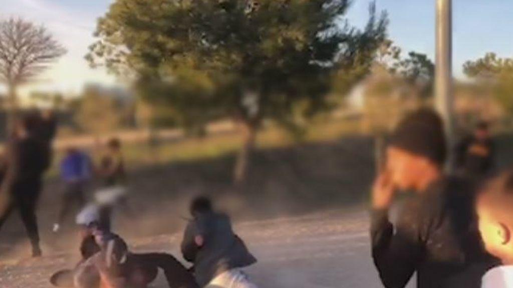 Un grupo de jóvenes se cita por Internet para pegarse en Torrejón