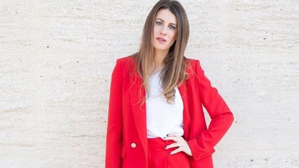 Viana Fernández, de Lolita Blu, una escritora que triunfa poniendo tacones a las vips