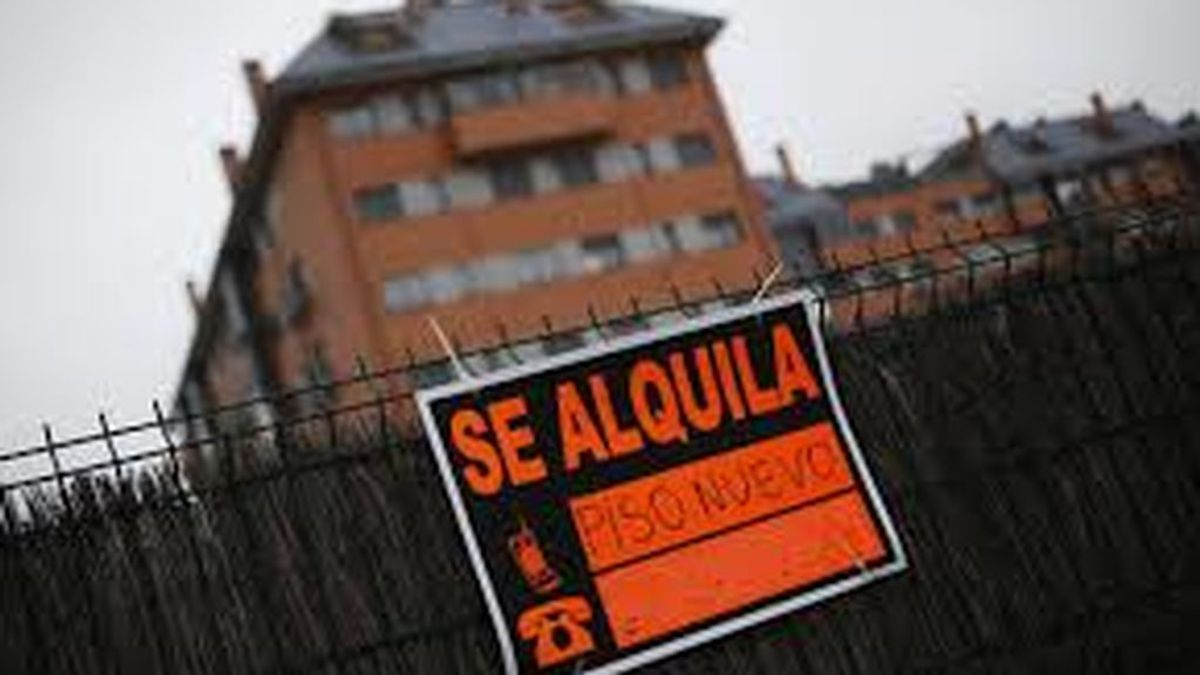 """Los inquilinos critican la nueva ley de alquiler por """"cobarde"""" y los propietarios creen que traerá """"inseguridad"""" al mercado"""